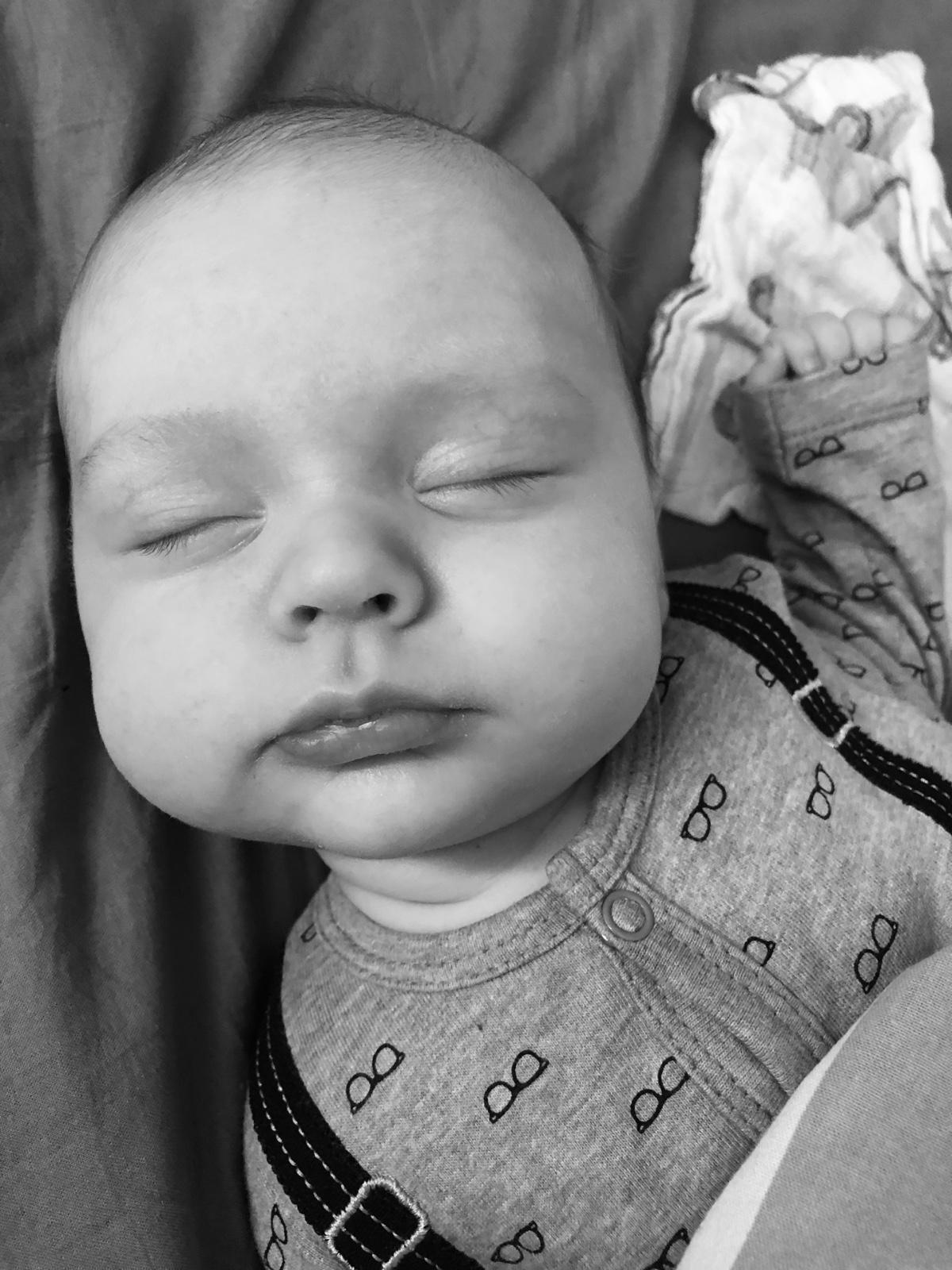 Kun lapsi nukkuu, mutta vanhempi ei